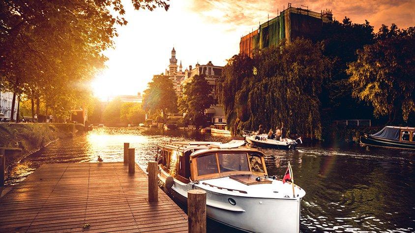 Atardecer en Canal de Amsterdam