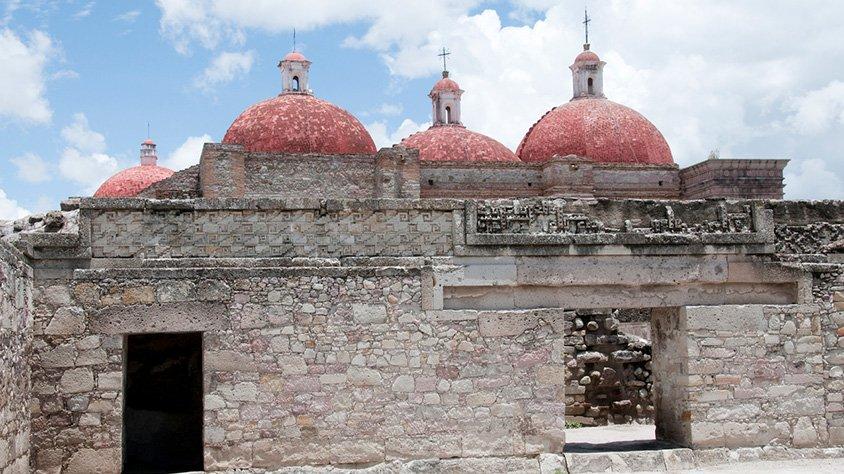 Antigua iglesia en mitla