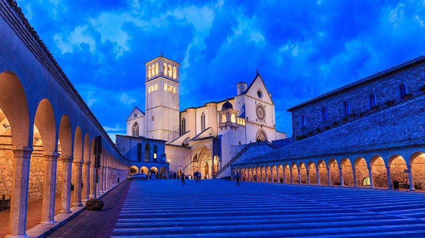 Basilica al Atardecer