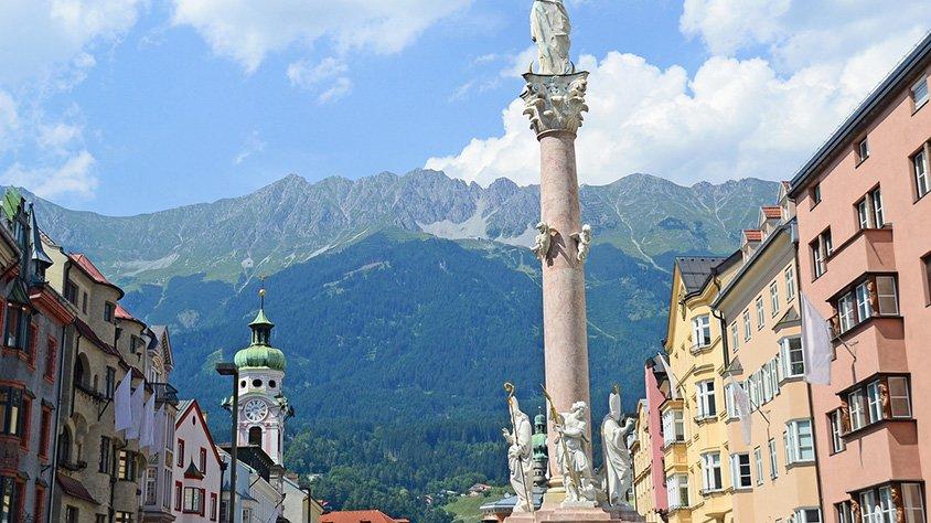 Vista de la Ciudad a las Montanias en Innsbruck