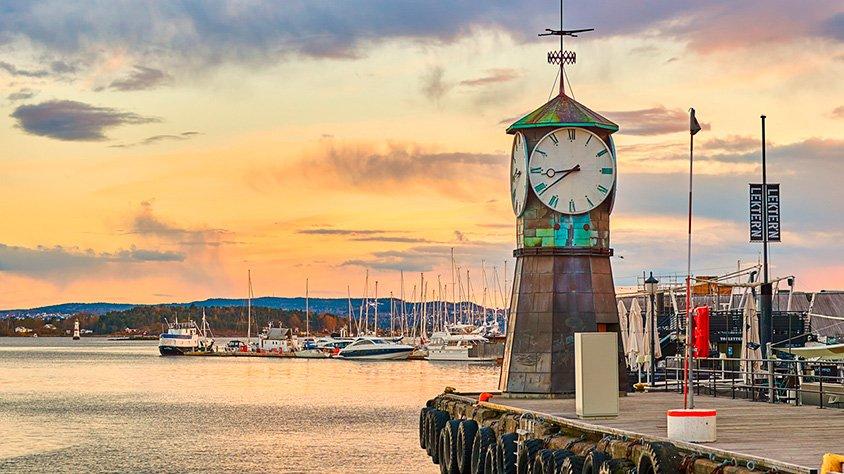 Torre del Reloj en el Muelle
