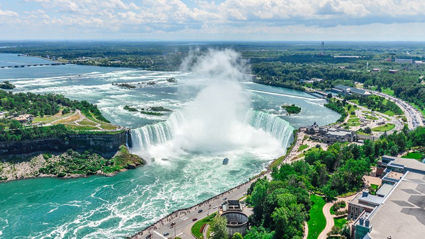 https://one.cdnmega.com/images/viajes/covers/vista-aerea-cataratas-niagara-canada.jpg