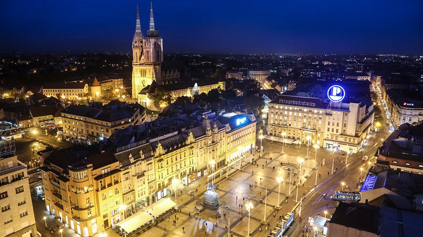 Zagreb al Anochecer
